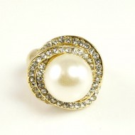 Gold Plated Rhinstone Paved with Pearl Stretch Ring